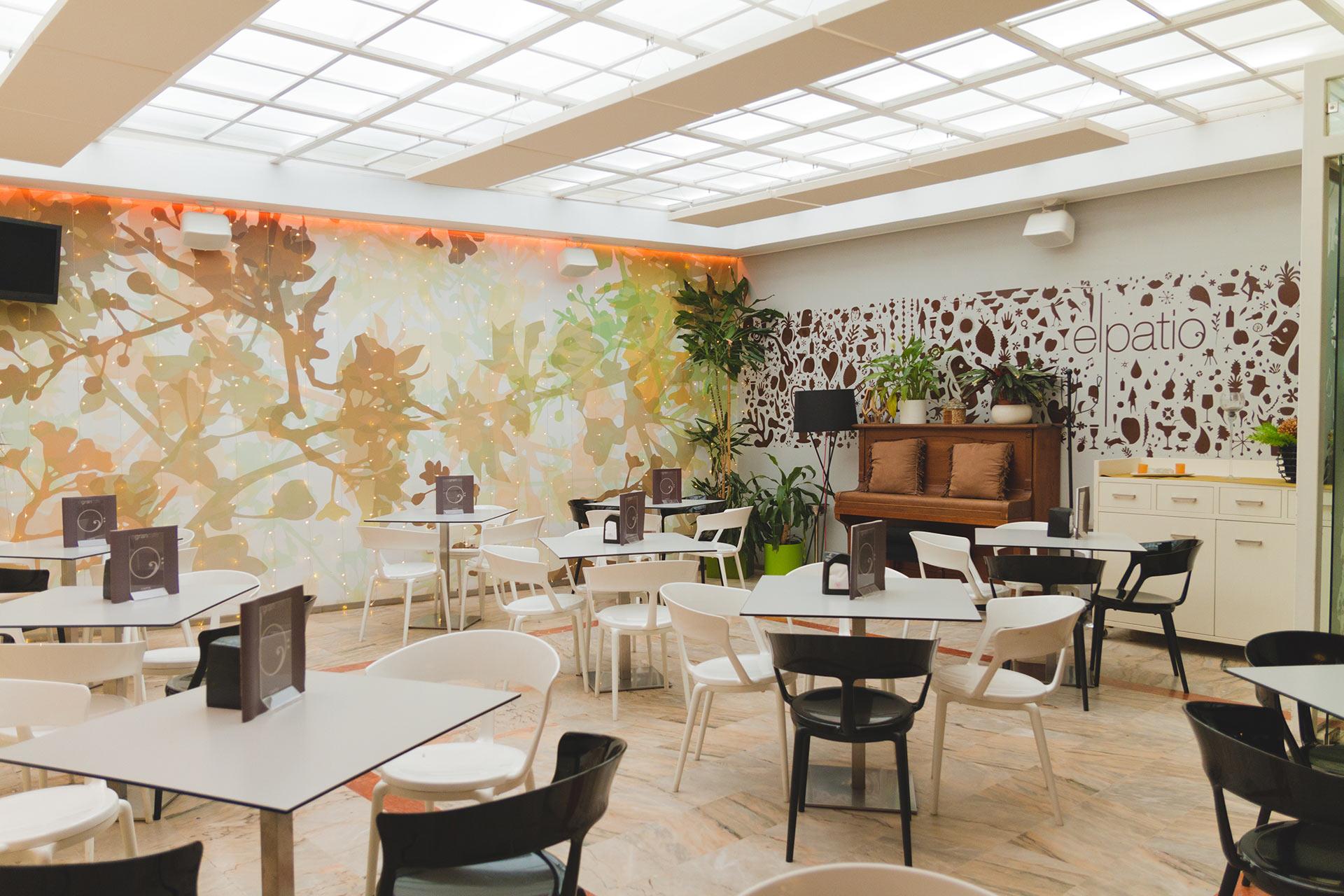 El Patio de El Gran Café